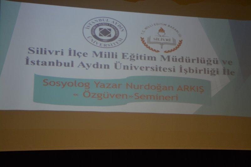 Sosyolog Yazar Nurdoğan Arkış özgüven Konulu Seminer Verdi
